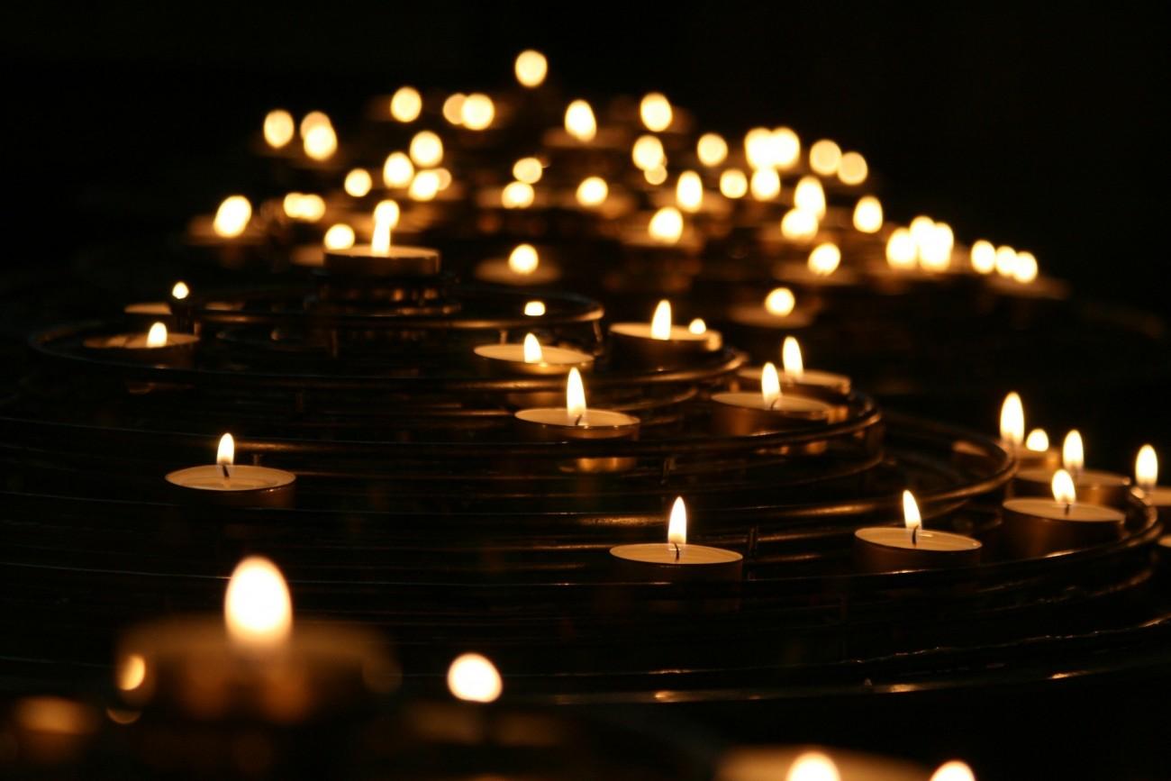 candlelights-1868525_1920.jpg?itok=qgy266FG